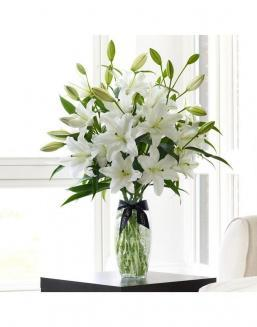 Bouquet of a lilies 51 and 101 pieces | Flowers for Housewarming