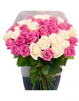 Bouquet of roses: white and pink | White roses flowers