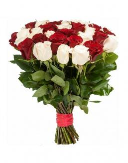 Bouquet of 33 red and white roses mixed | Flowers to mother flowers