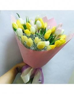 Solar mix a bouquet of 31 tulips | Flowers for Baby's Birth flowers
