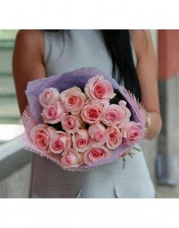 The bonds of love | Pink roses flowers